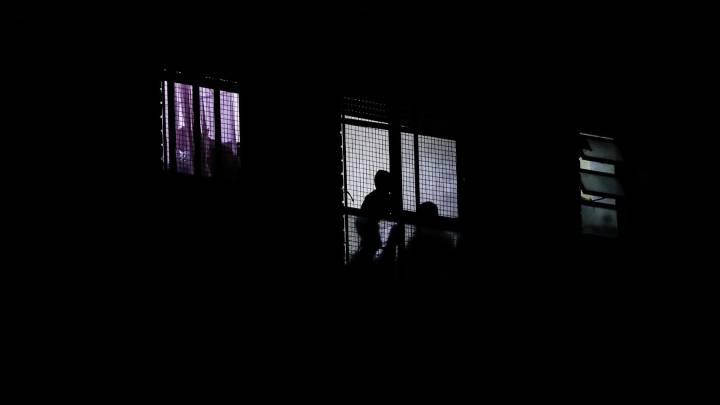 Los vecinos de Ponferrada siguen animándose desde las ventanas 1