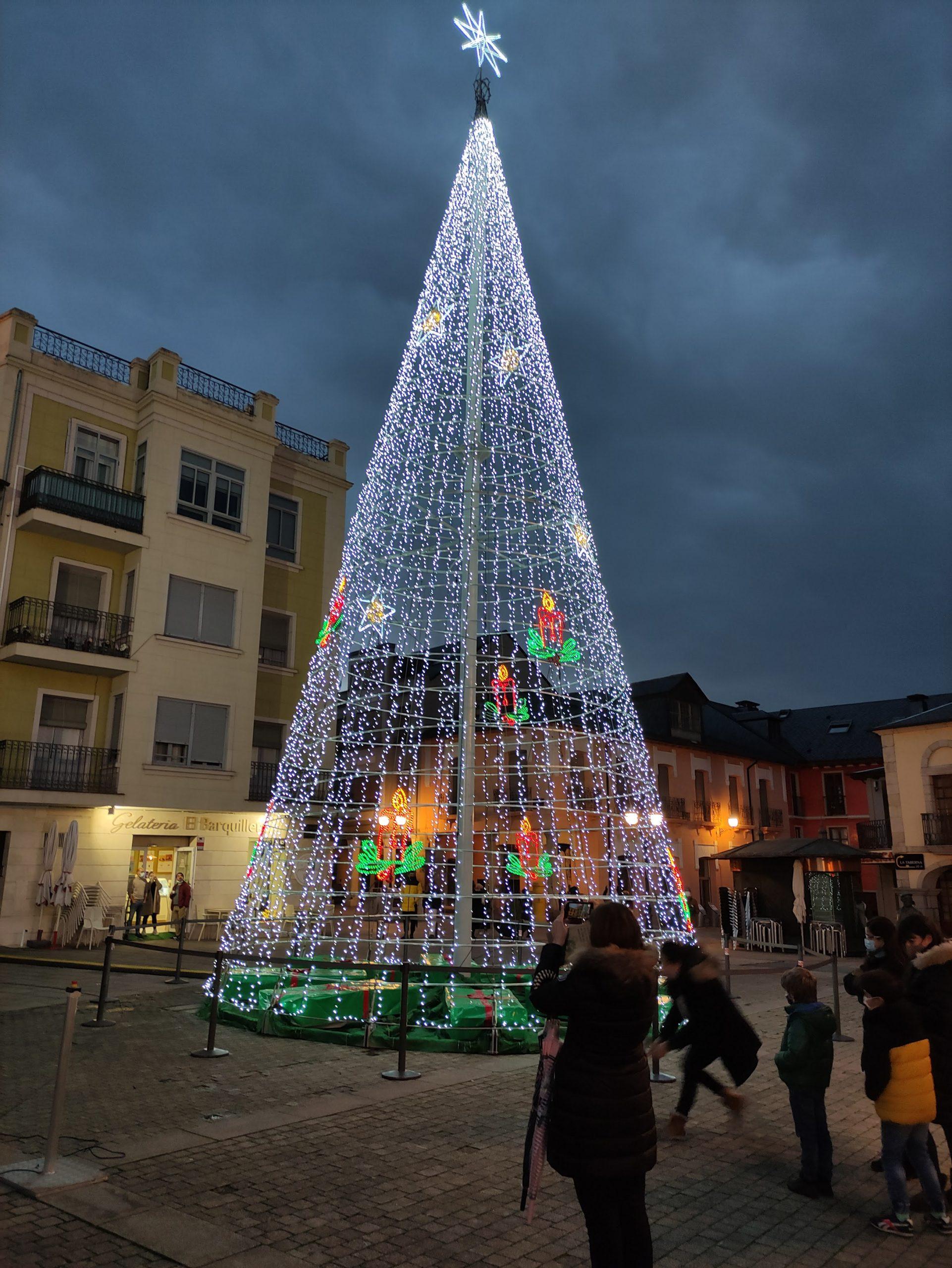 Fotogalería: Ponferrada ilumina la Navidad 2020 8
